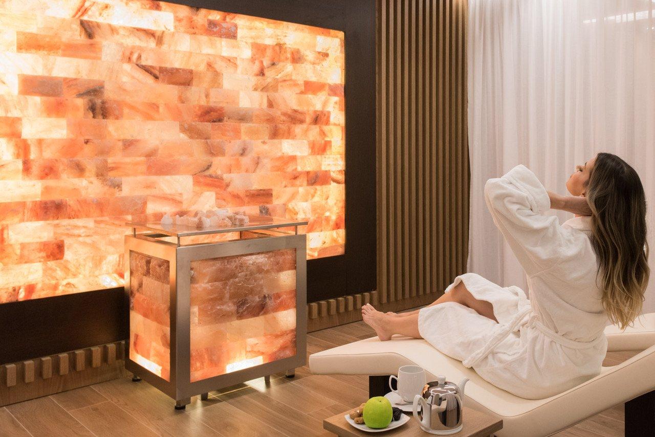Salt relax room